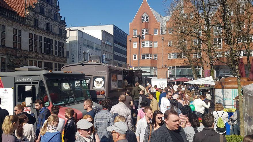 verkaufsoffen streetfood und makers market in bremen