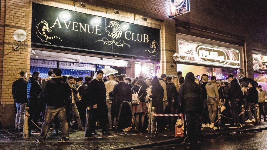 Was läuft da zwischen Avenue und Liberty Club