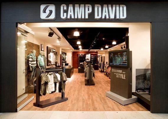 camp david zieht um fashion szenenight. Black Bedroom Furniture Sets. Home Design Ideas